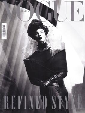 LE.Vogue.Italy.09_09.jpg